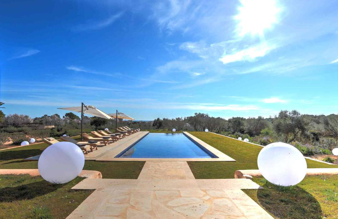 01-315 brand new luxury Finca east Mallorca Bild 3