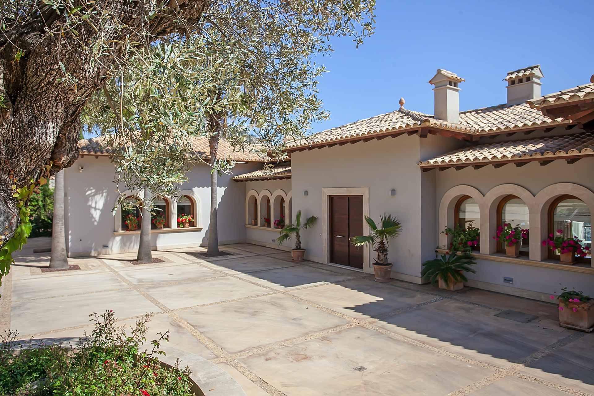 01-268 modern luxury Villa Mallorca southwest Bild 3