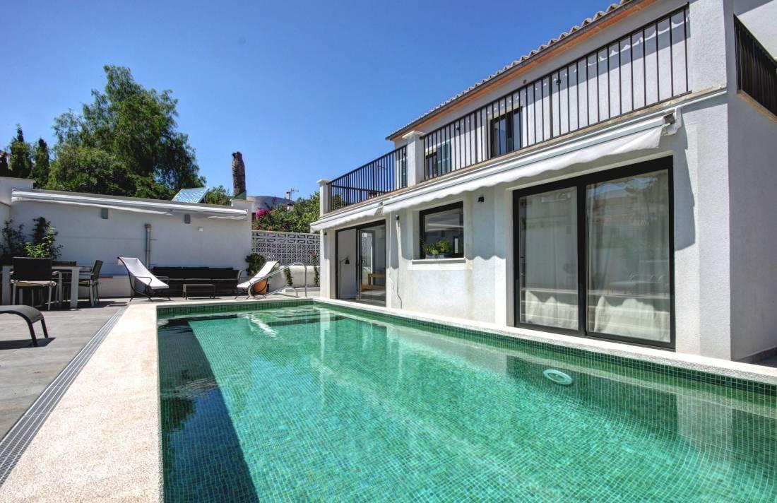 01-264 Modernes Ferienhaus Mallorca Südwesten Bild 3
