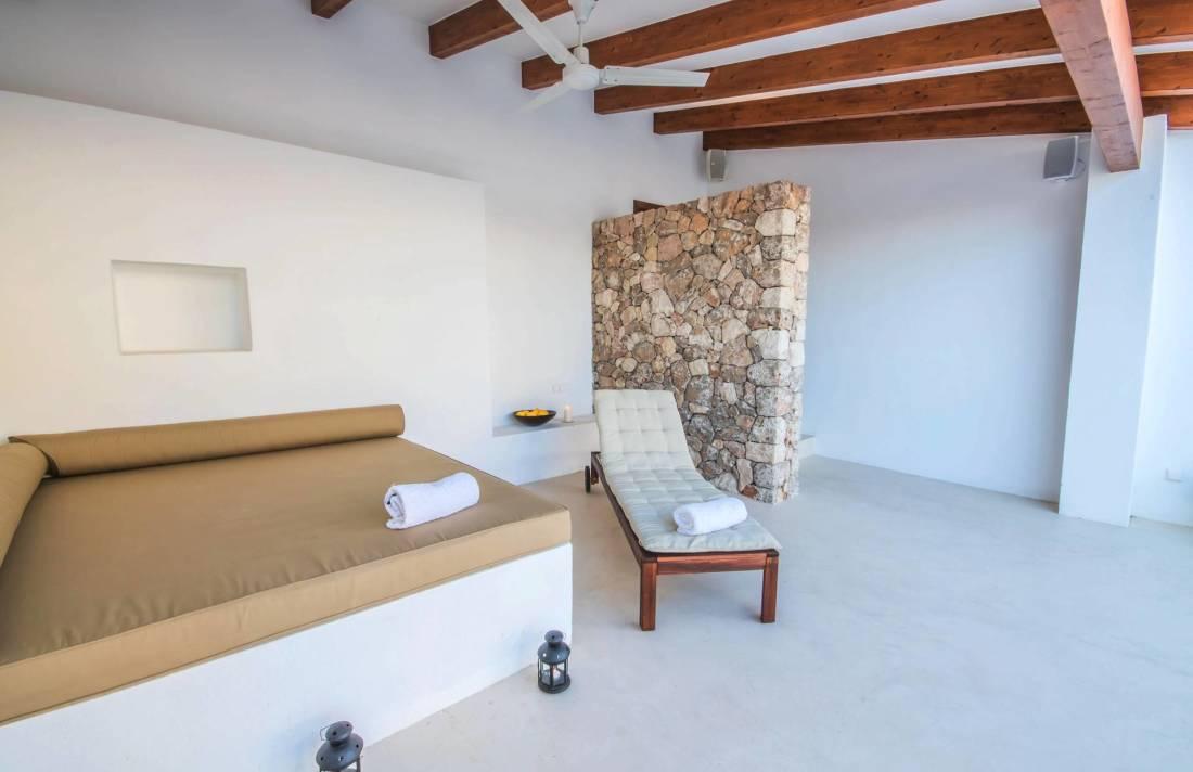 01-257 Luxus Ferienhaus Mallorca Südwesten Bild 3