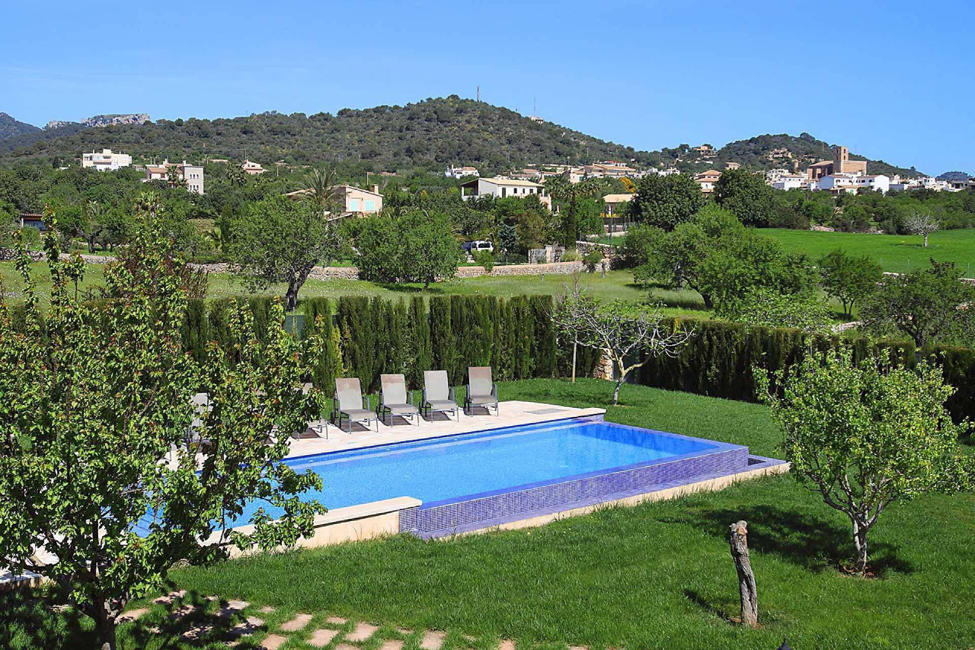 01-33 Großzügiges Ferienhaus Mallorca Osten Bild 4