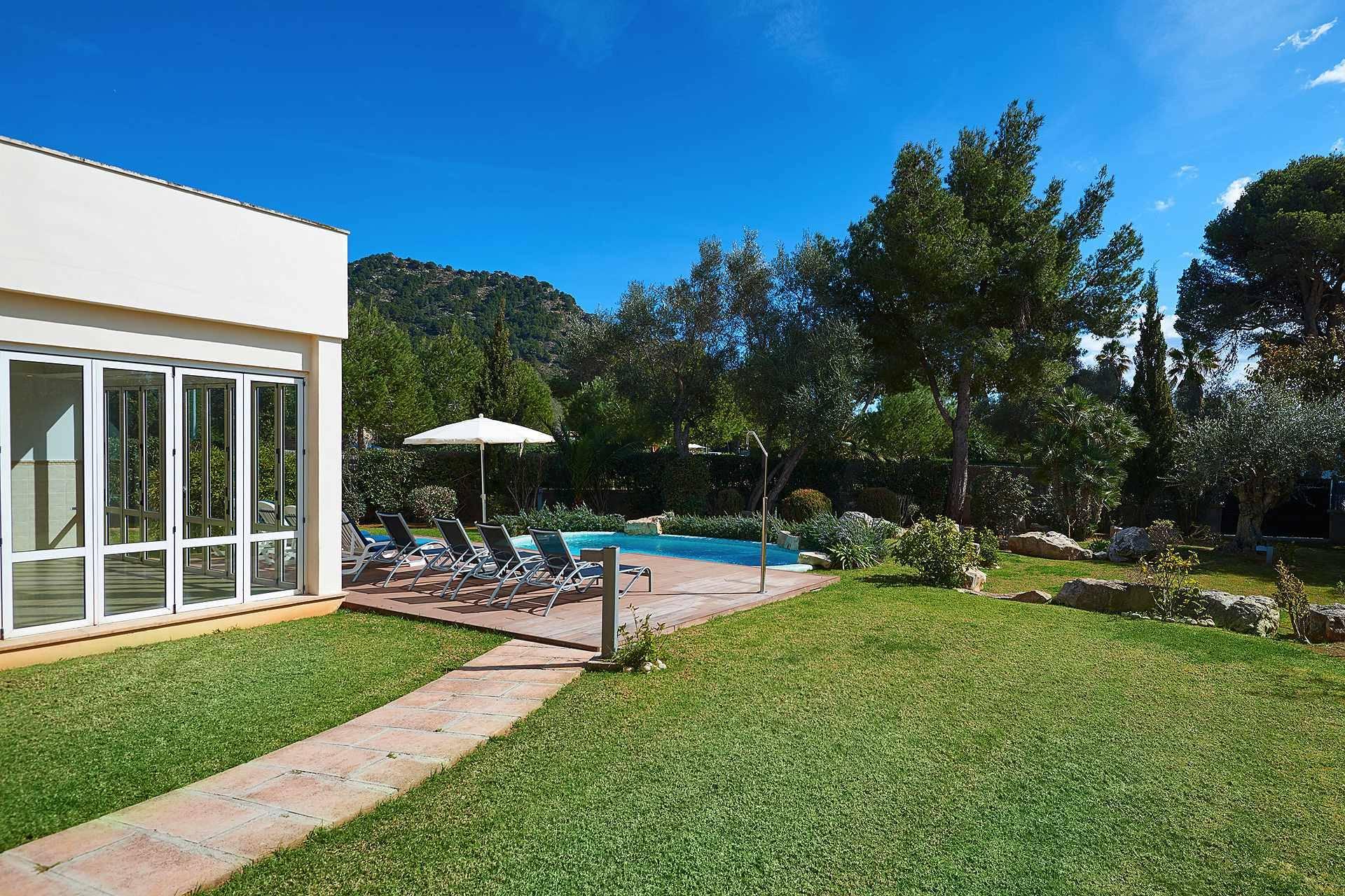 01-49 luxuriöses Chalet Nordosten Mallorca Bild 4