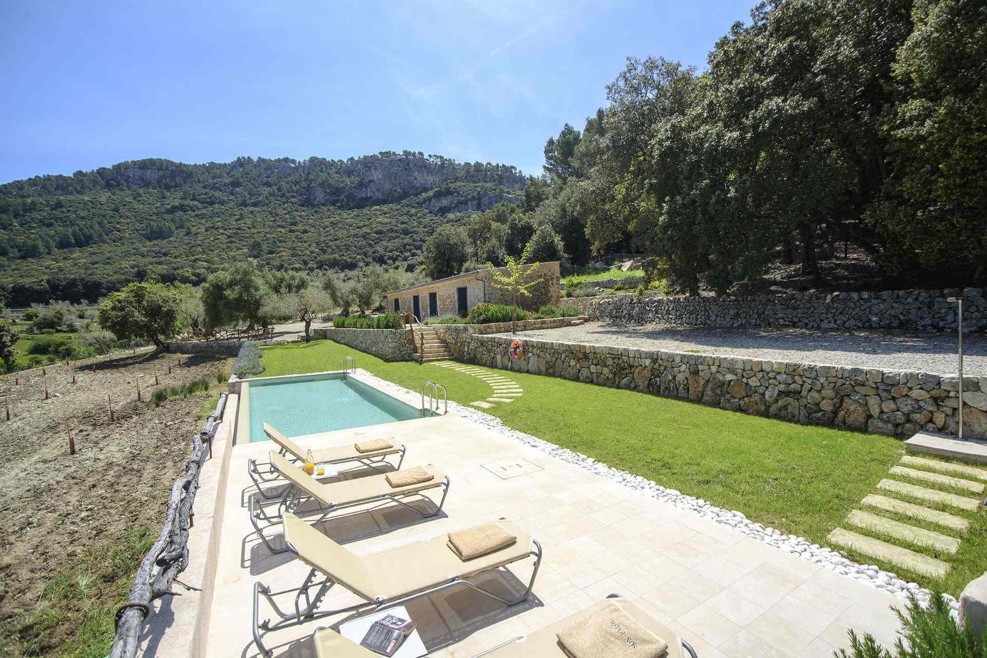 01-339 moderne kleine Finca Mallorca Westen Bild 4