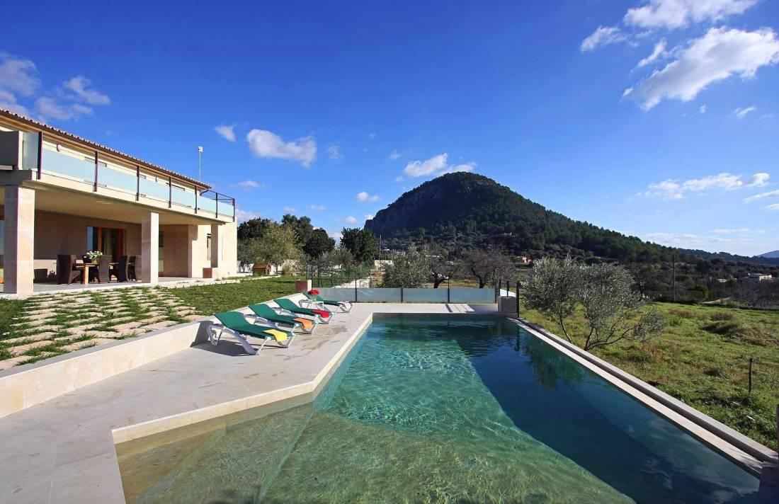 01-36 classic Villa Mallorca north Bild 4