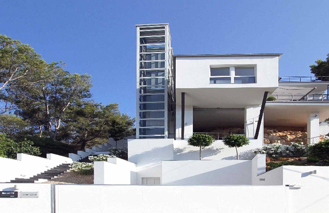 bauhaus villa mallorca s dwesten in port de andratx luxus feriendomizile. Black Bedroom Furniture Sets. Home Design Ideas
