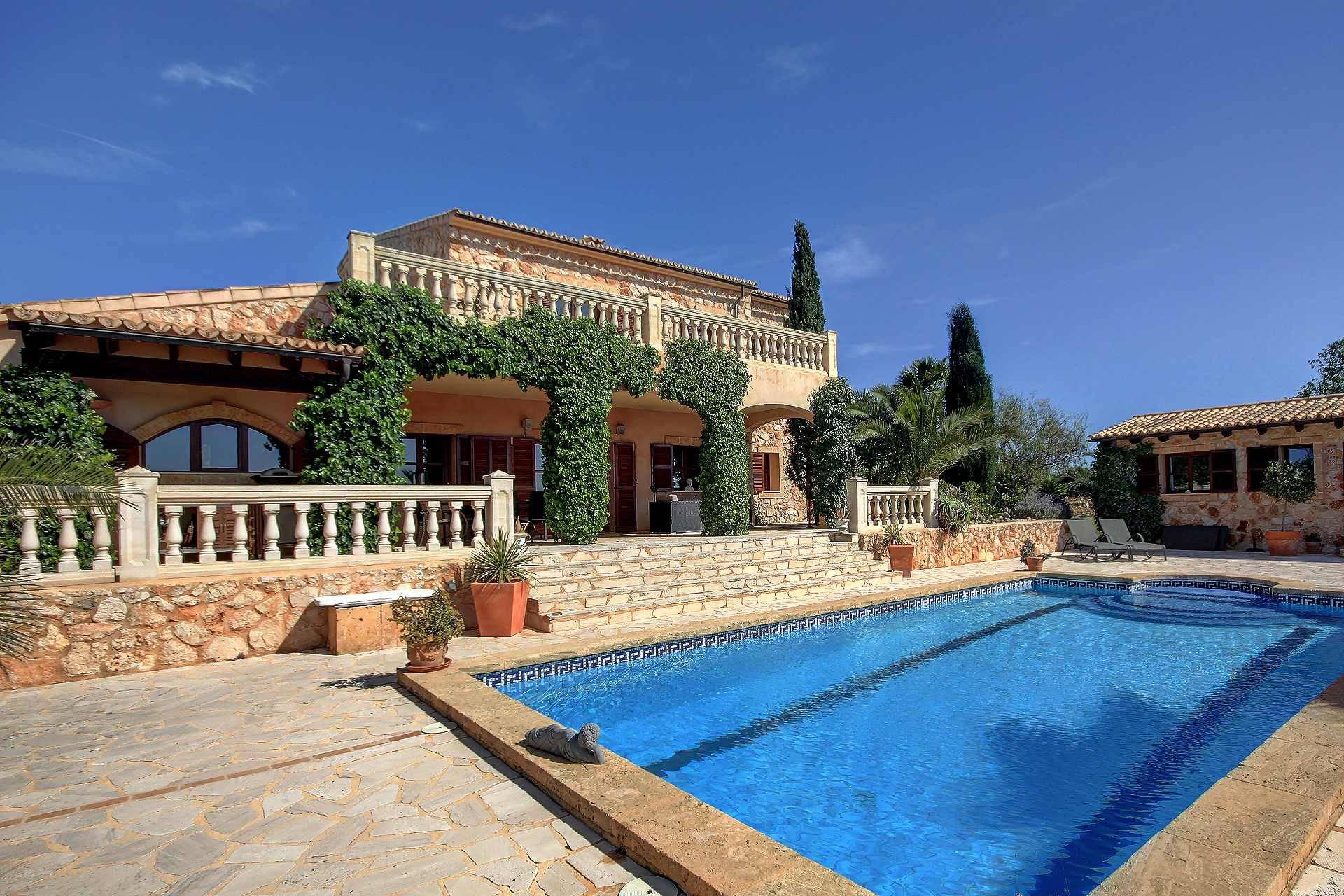 01-259 Finca Mallorca Süden mit Pool Bild 4