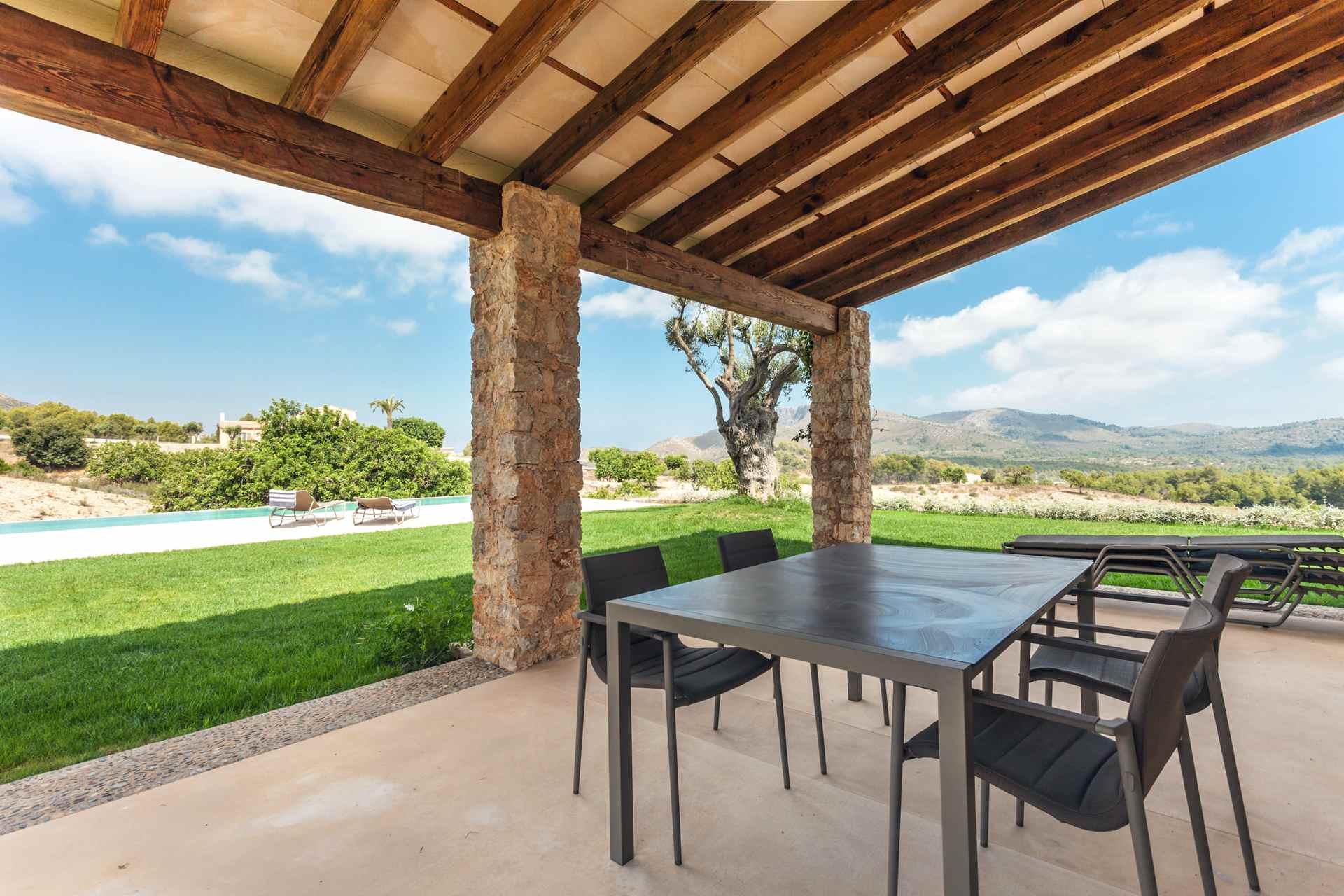 01-306 topmoderne Finca Mallorca Nordosten Bild 4
