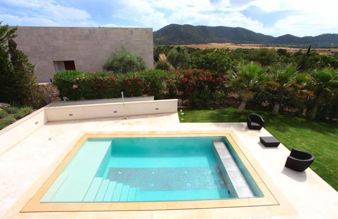 01-326 Design Villa Golf Course Northeast Mallorca Bild 4