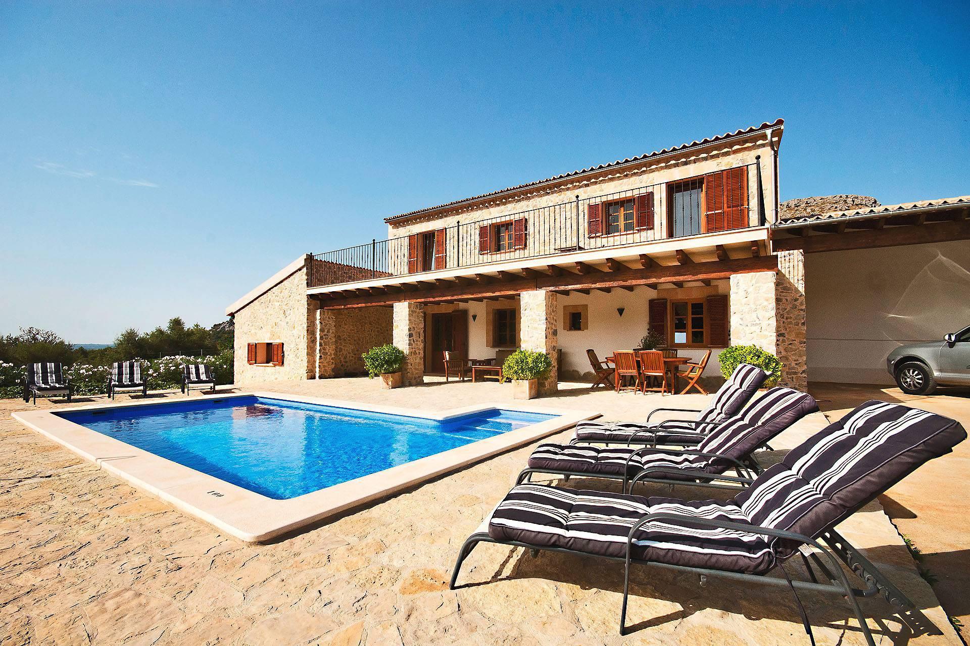 01-220 Finca Mallorca Norden mit Pool Bild 4