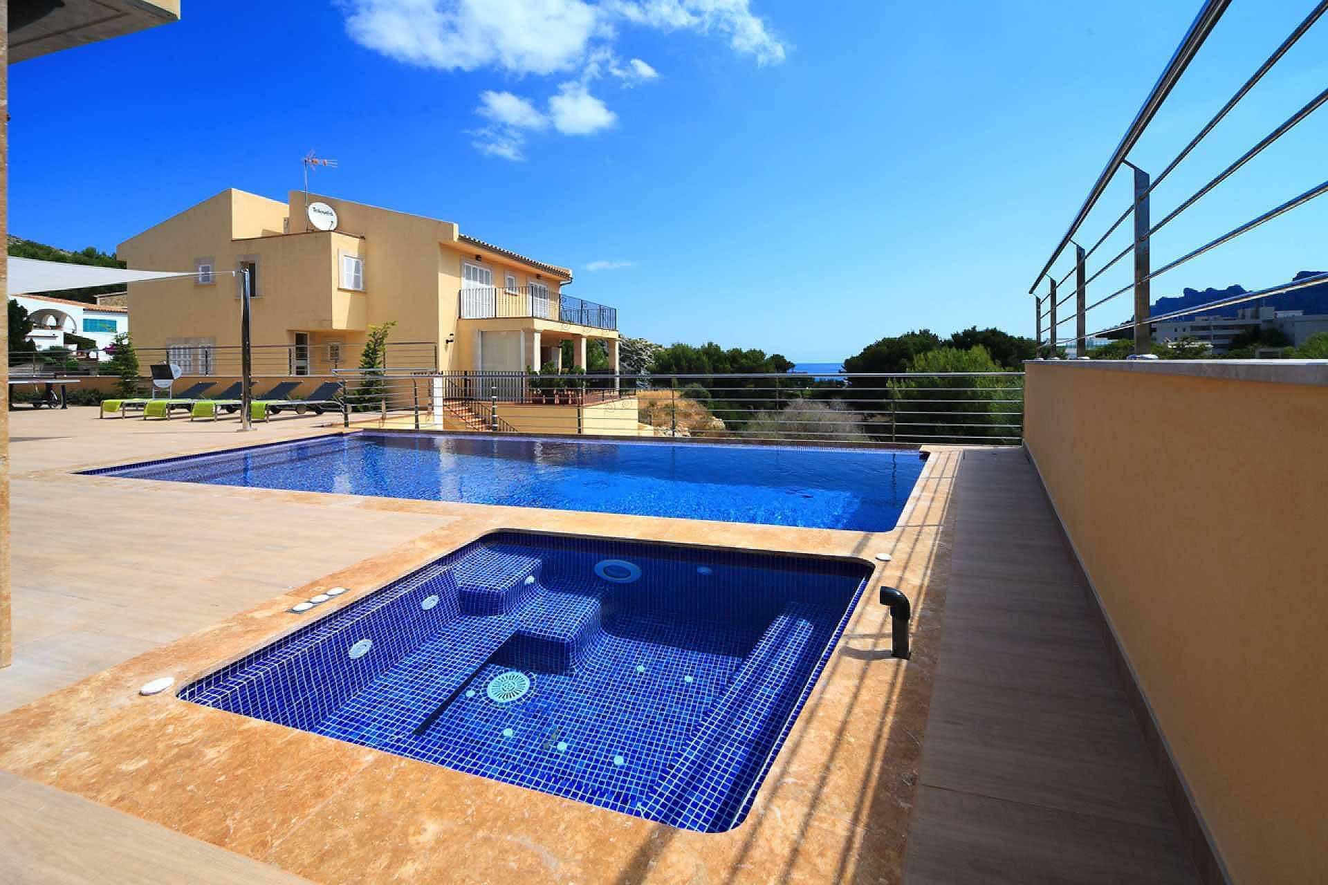01-35 Villa Mallorca Norden mit Pool Bild 5