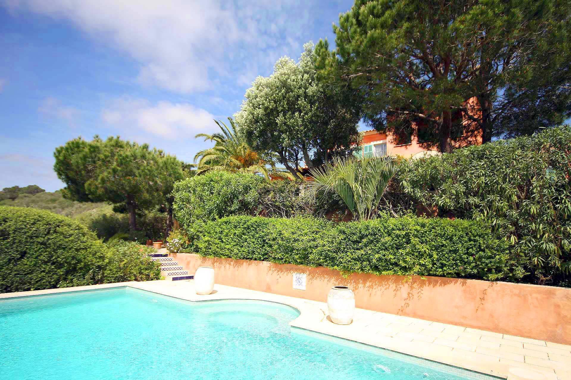 01-98 Extravagantes Ferienhaus Mallorca Osten Bild 5