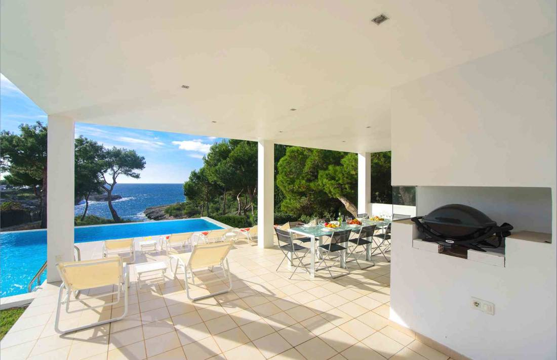 01-156 moderne Meerblick Villa Mallorca Osten Bild 5