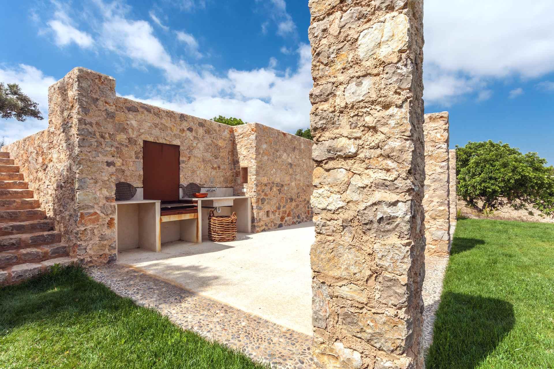 01-306 topmoderne Finca Mallorca Nordosten Bild 5