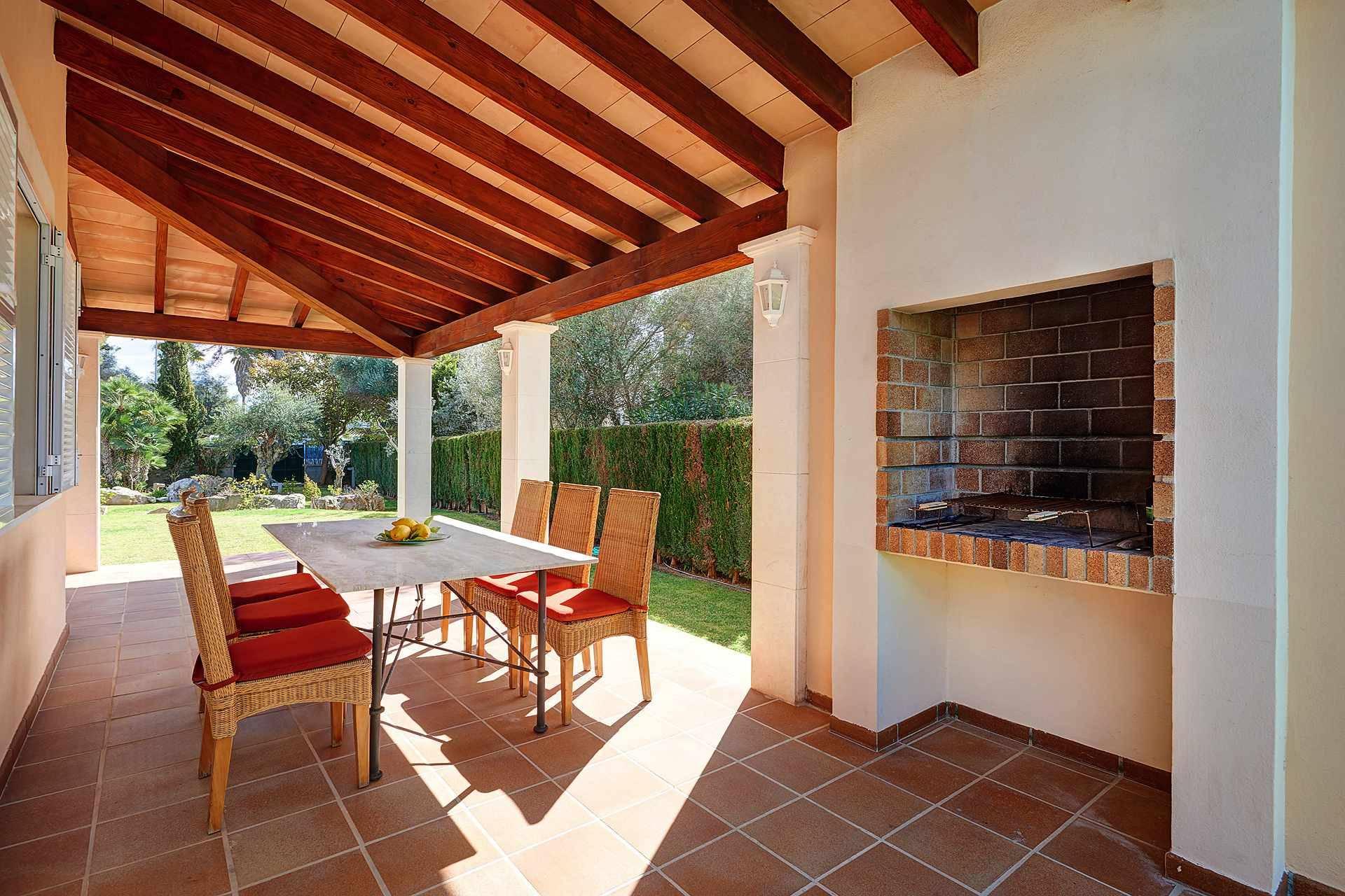 01-49 luxuriöses Chalet Nordosten Mallorca Bild 6