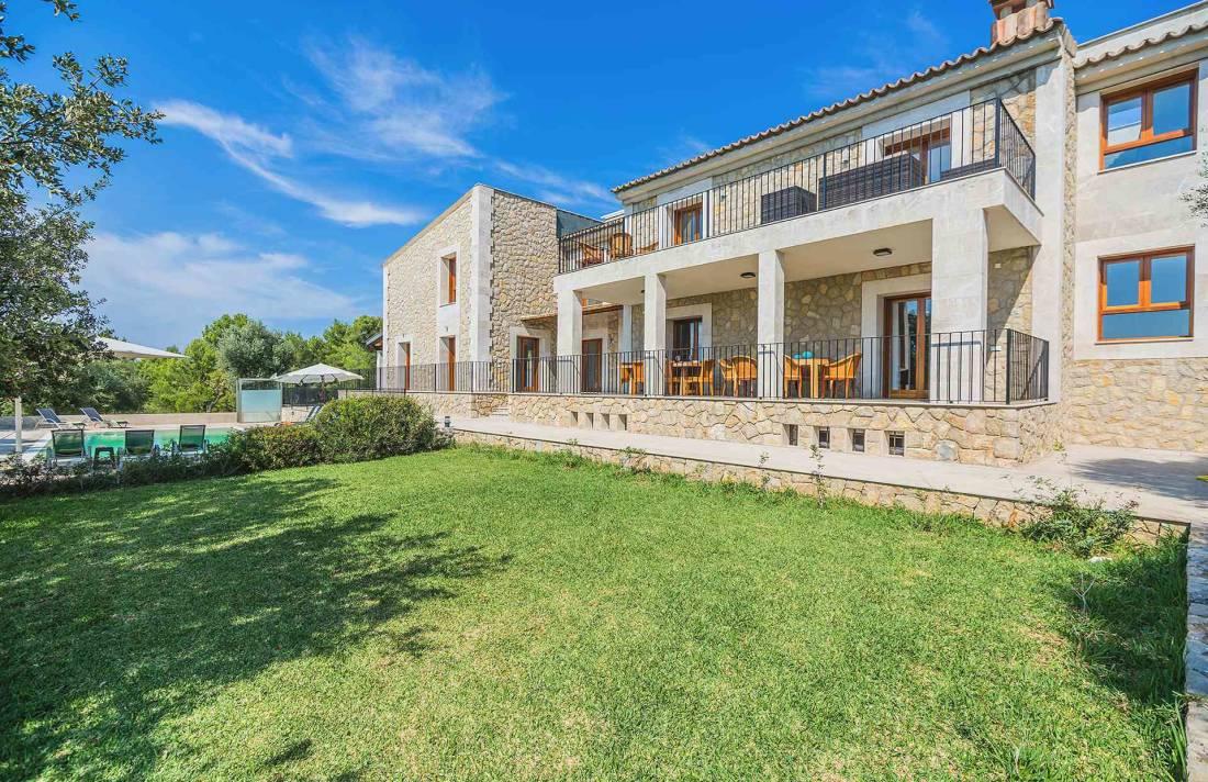 01-155 exklusive Luxus Villa Norden Mallorca Bild 6