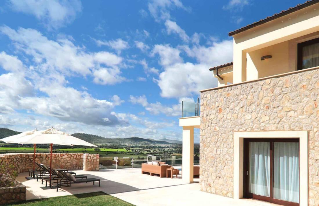 01-328 Villa mit Ausblick Nordosten Mallorca Bild 6