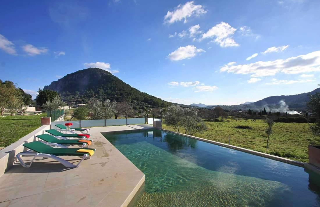 01-36 klassische Villa Mallorca Norden Bild 6
