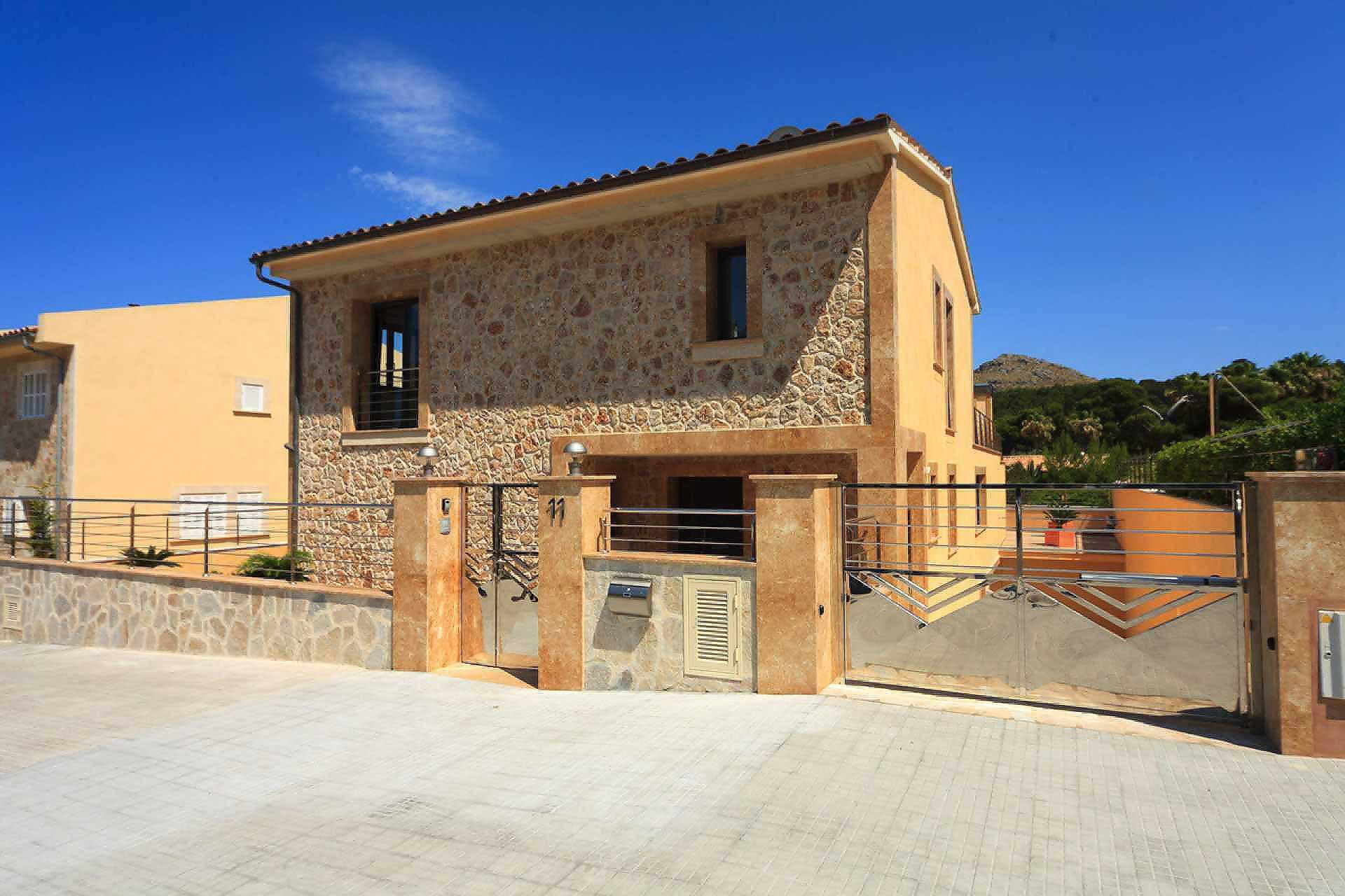 01-35 Villa Mallorca Norden mit Pool Bild 7