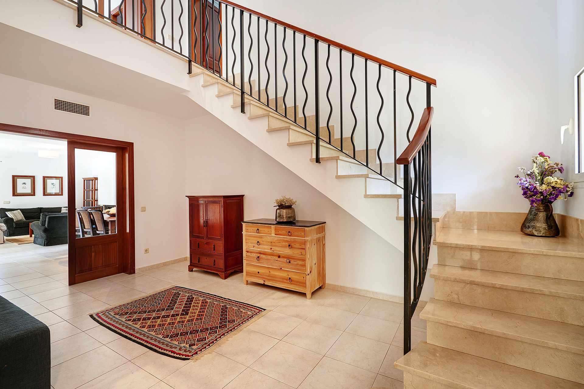01-49 luxuriöses Chalet Nordosten Mallorca Bild 7