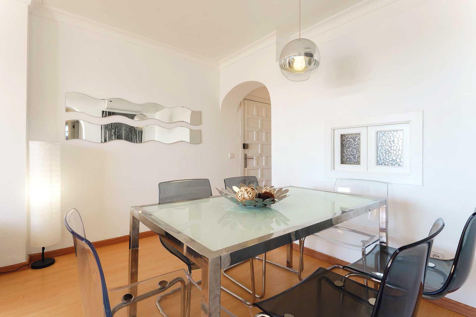01-292 beachfront apartment Alcudia north Bild 7