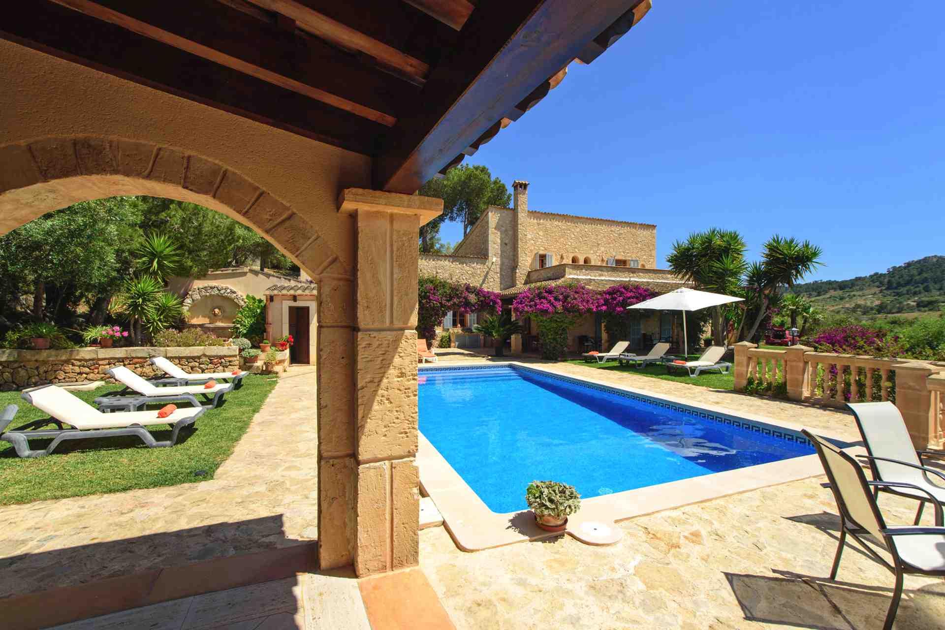 01-147 idyllic Finca Mallorca east Bild 7