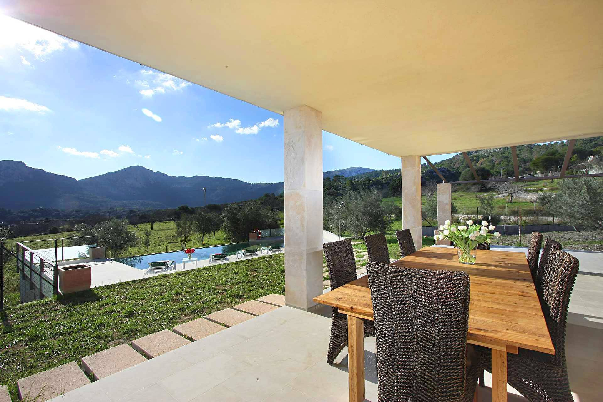 01-36 klassische Villa Mallorca Norden Bild 7