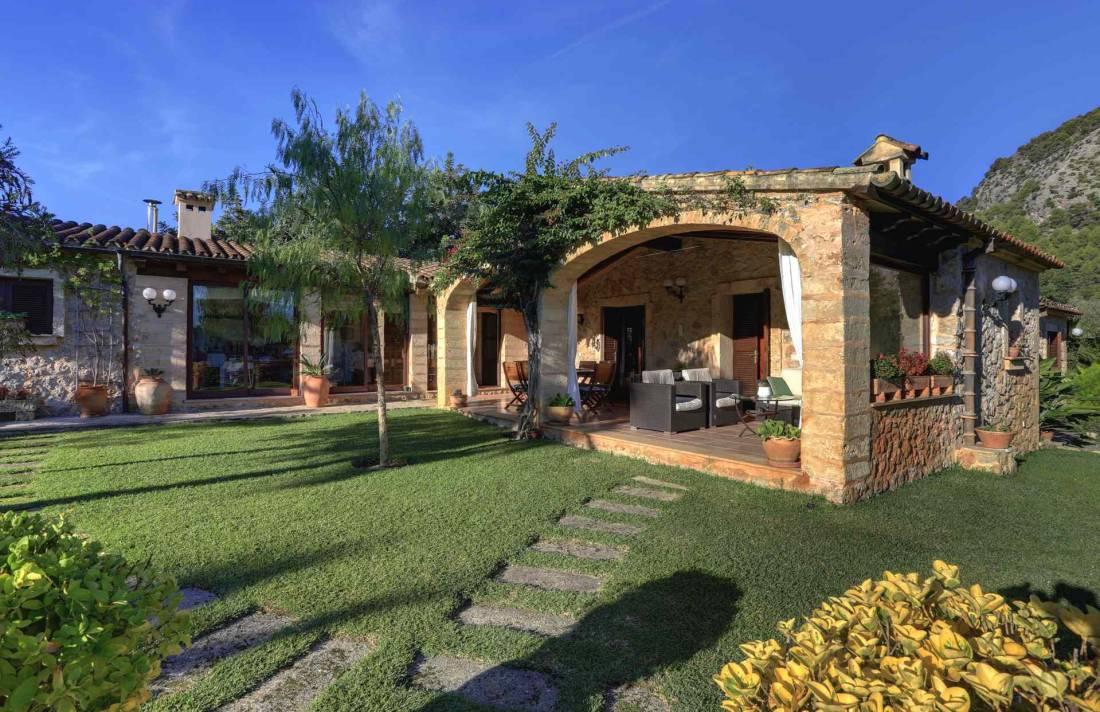 01-11 Traditionelle Finca Mallorca Norden Bild 7