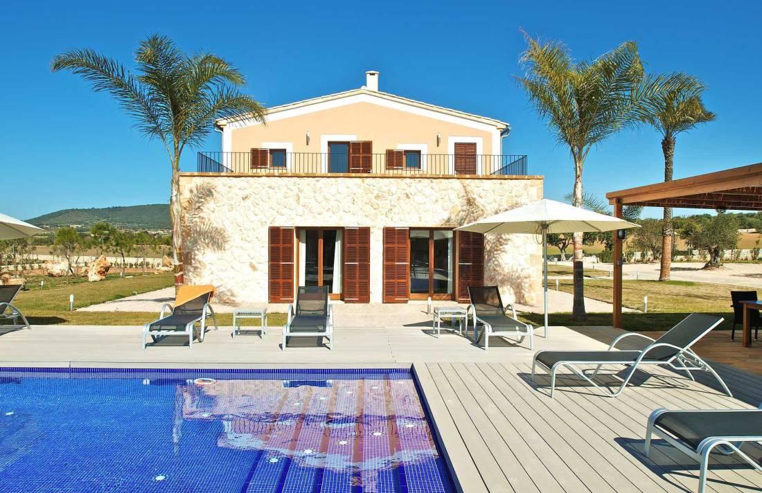 01-90 Neu gebaute Finca Mallorca Osten Bild 1
