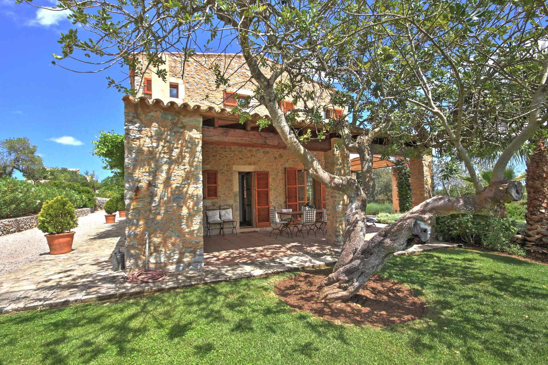 01-51 Authentic Finca Mallorca Northeast Bild 8
