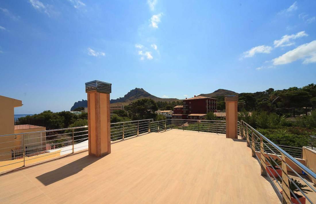01-35 Villa Mallorca Norden mit Pool Bild 8