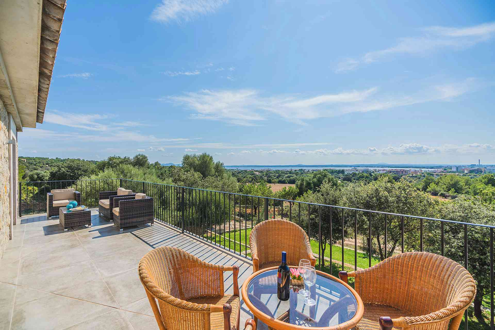 01-155 exklusive Luxus Villa Norden Mallorca Bild 8