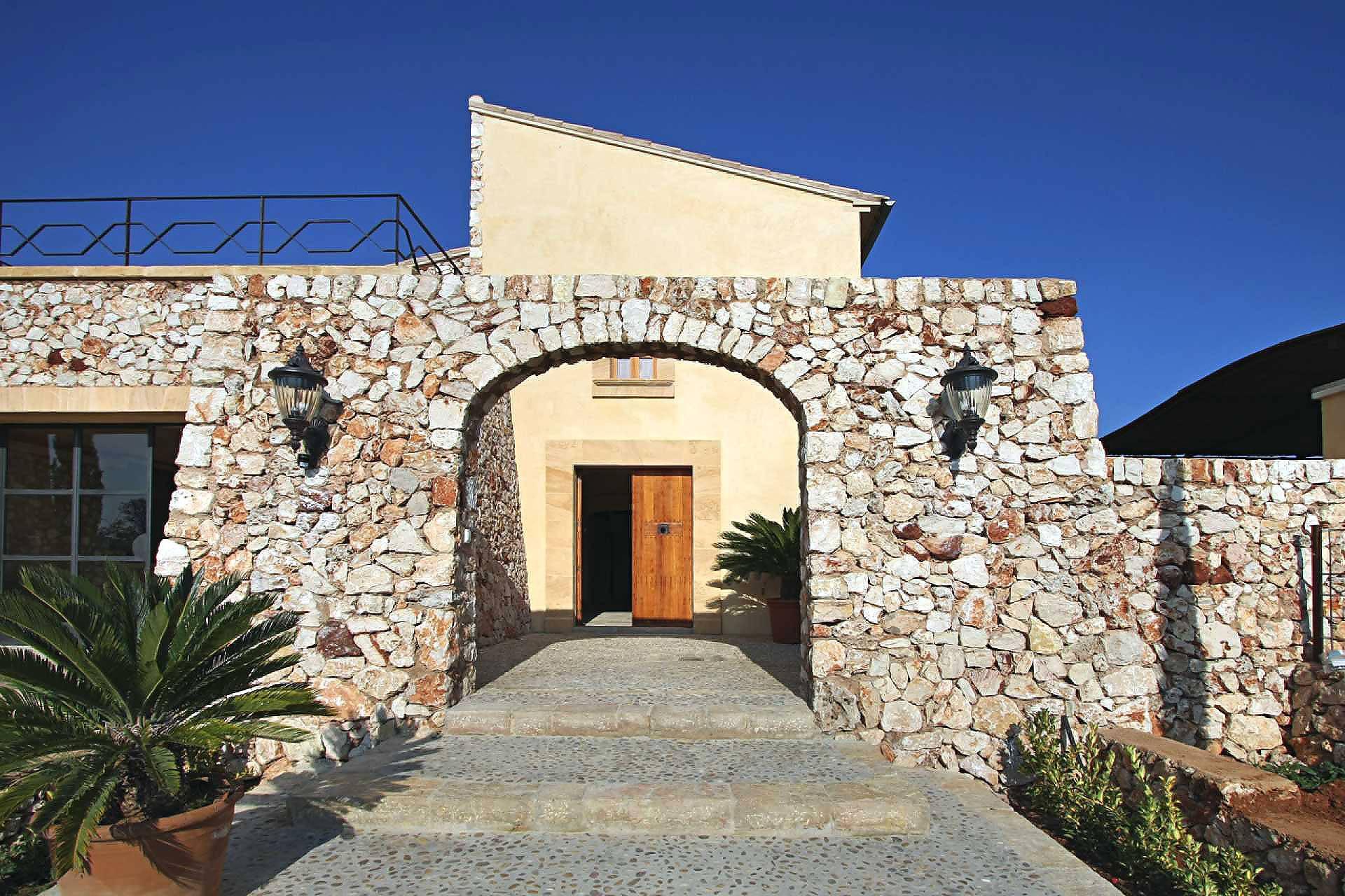 01-58 Moderne Finca Mallorca Osten Bild 6