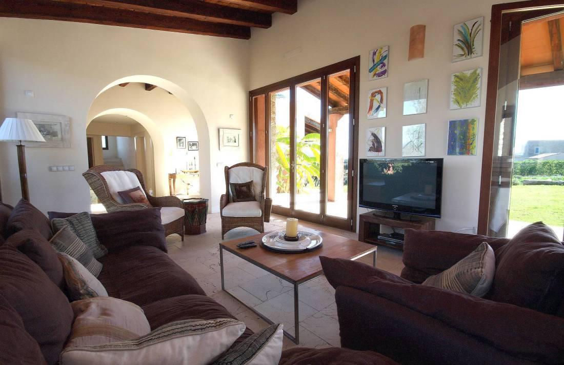 01-94 Elegante Finca Mallorca Nordosten Bild 8