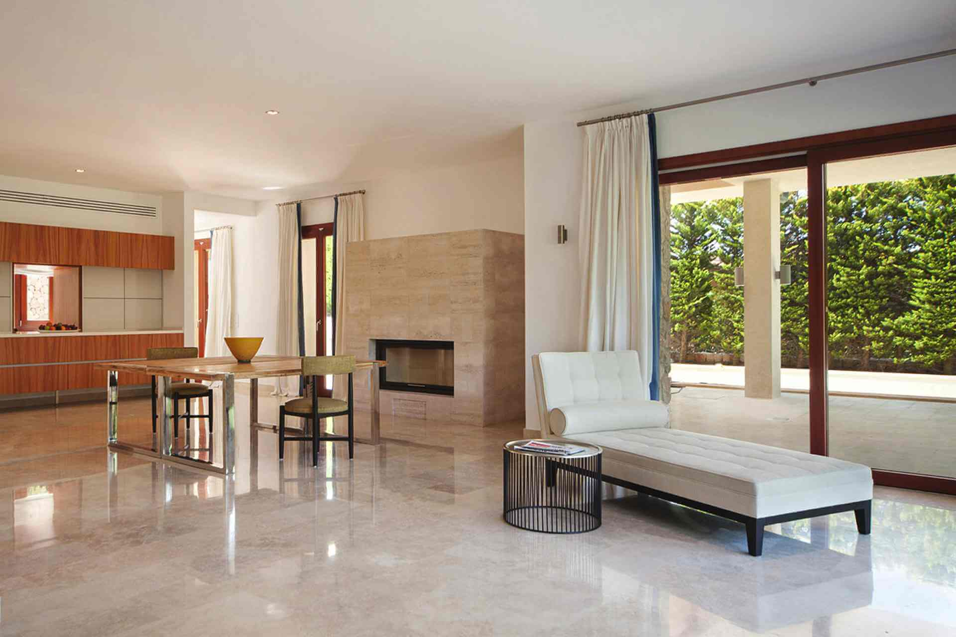 01-329 exklusive Villa Mallorca Nordosten Bild 8