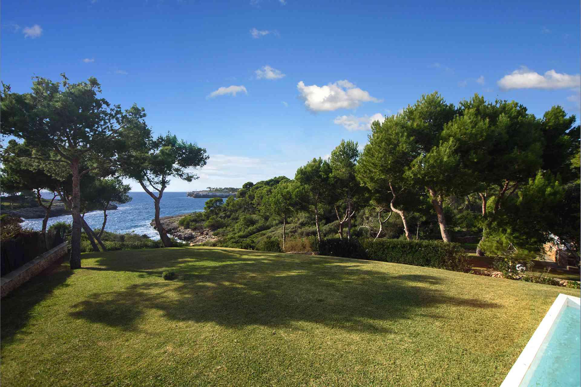 01-156 moderne Meerblick Villa Mallorca Osten Bild 8