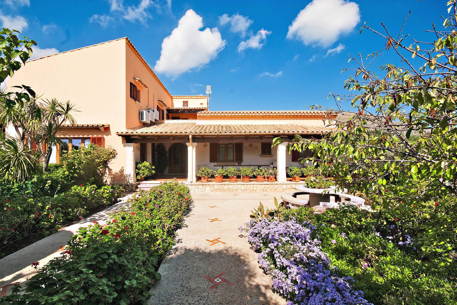 01-212 Große Finca Mallorca Norden Bild 8