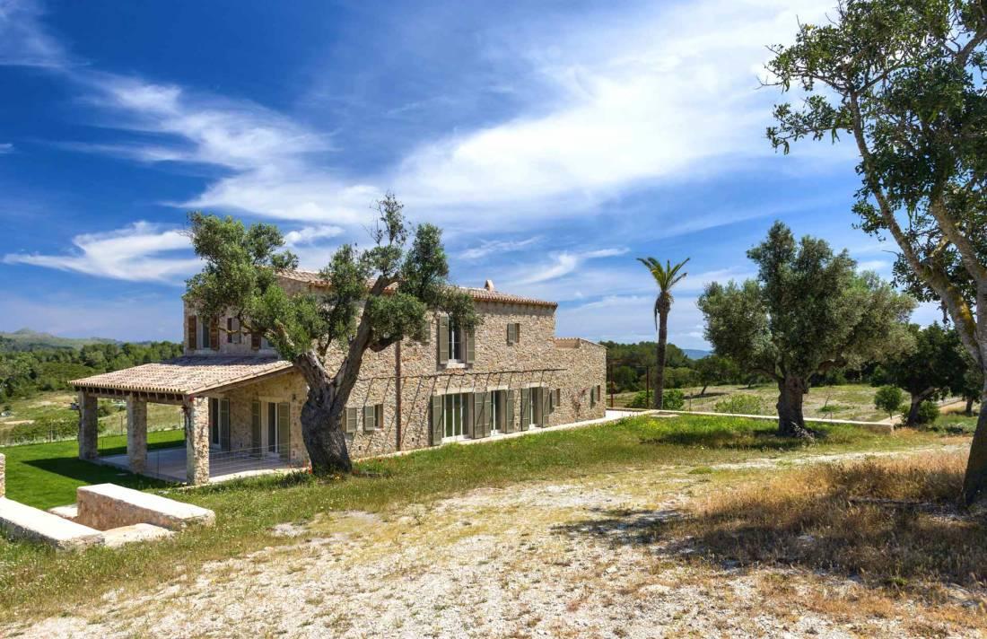 01-306 topmoderne Finca Mallorca Nordosten Bild 8