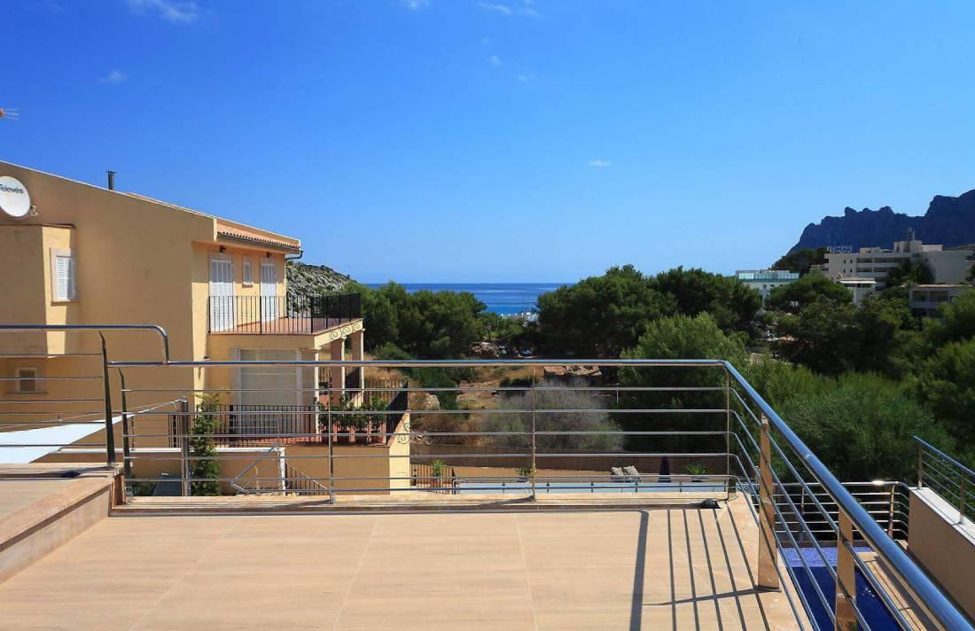 01-35 Villa Mallorca Norden mit Pool Bild 9