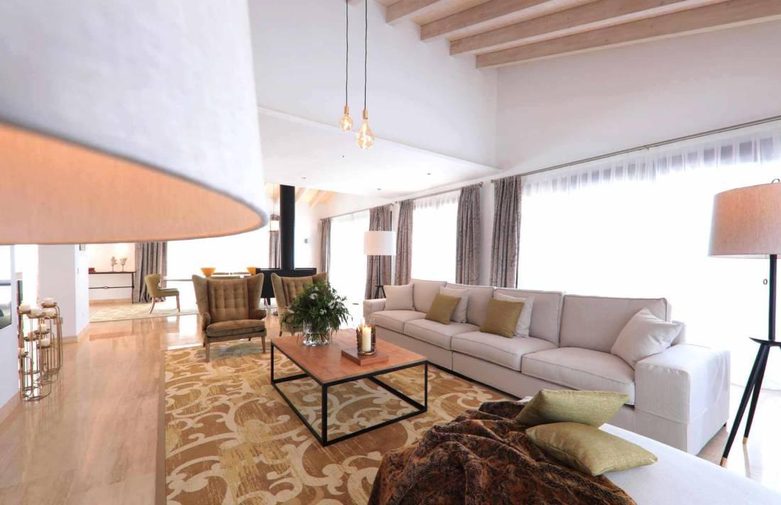 01-328 Villa mit Ausblick Nordosten Mallorca Bild 9