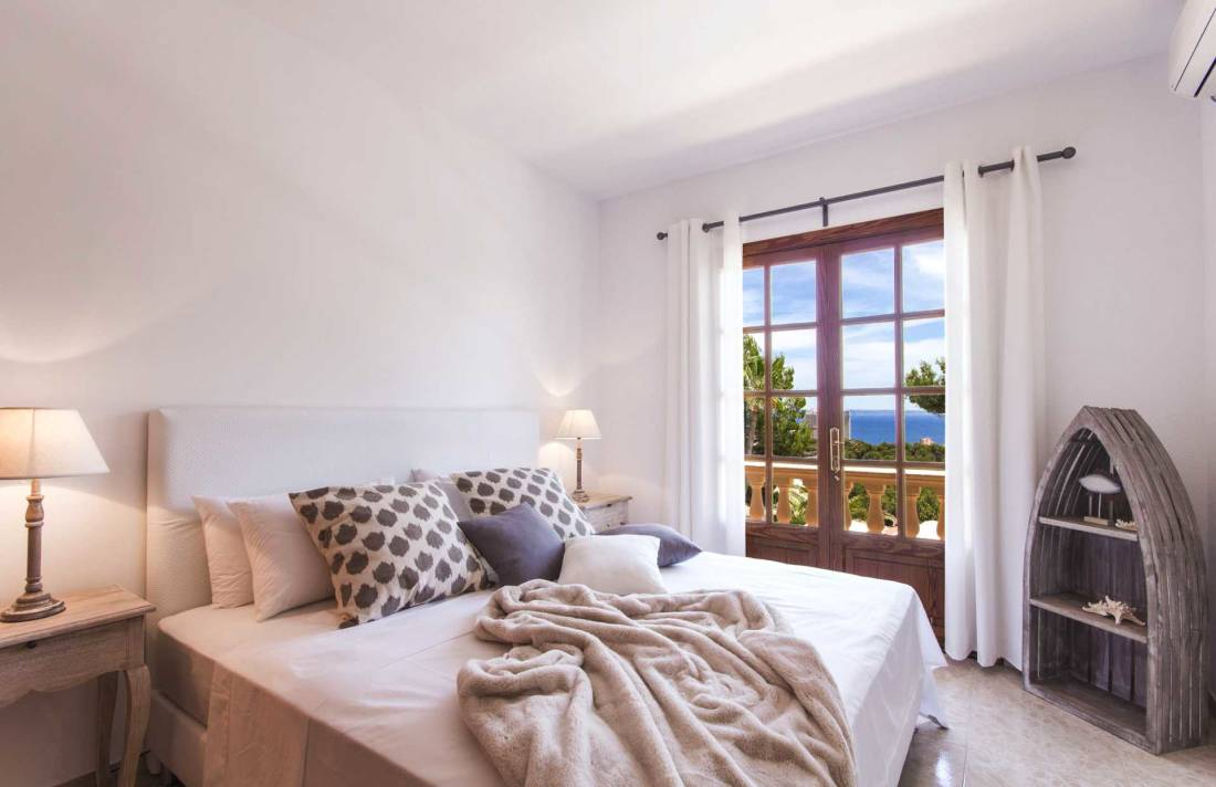 01-305 romantische Villa Südwesten Mallorca Bild 9