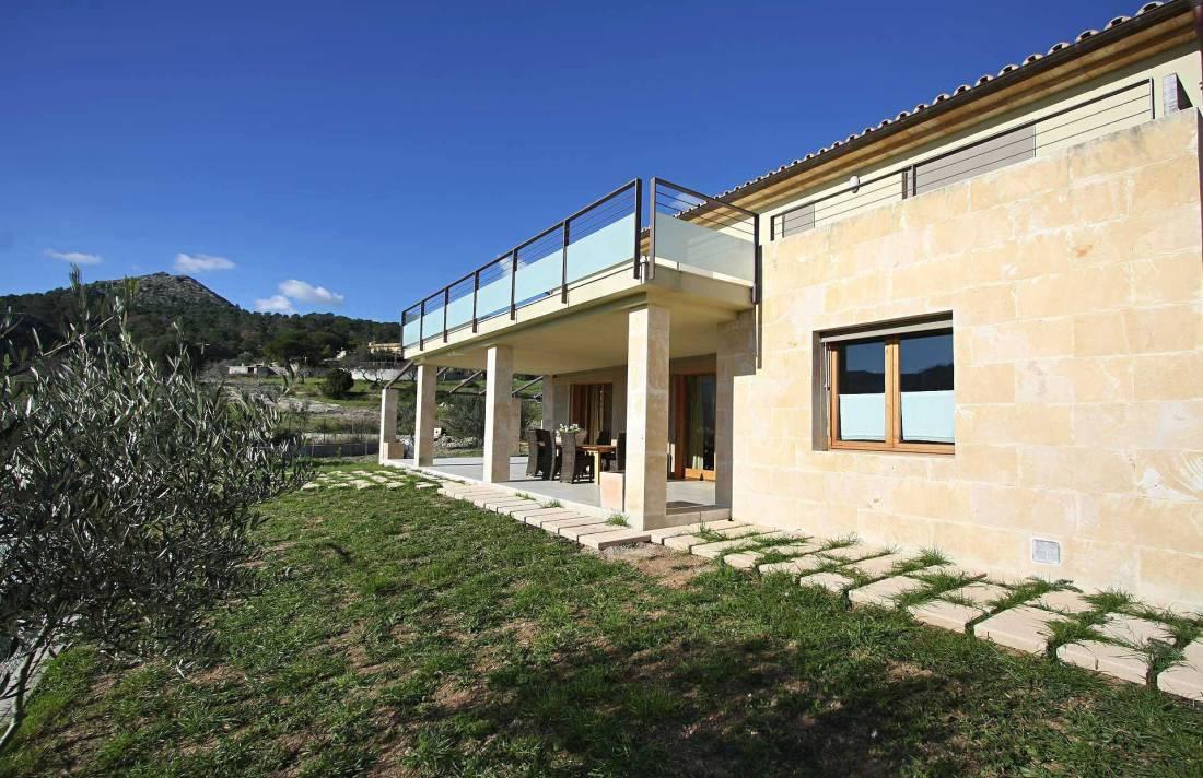 01-36 klassische Villa Mallorca Norden Bild 9