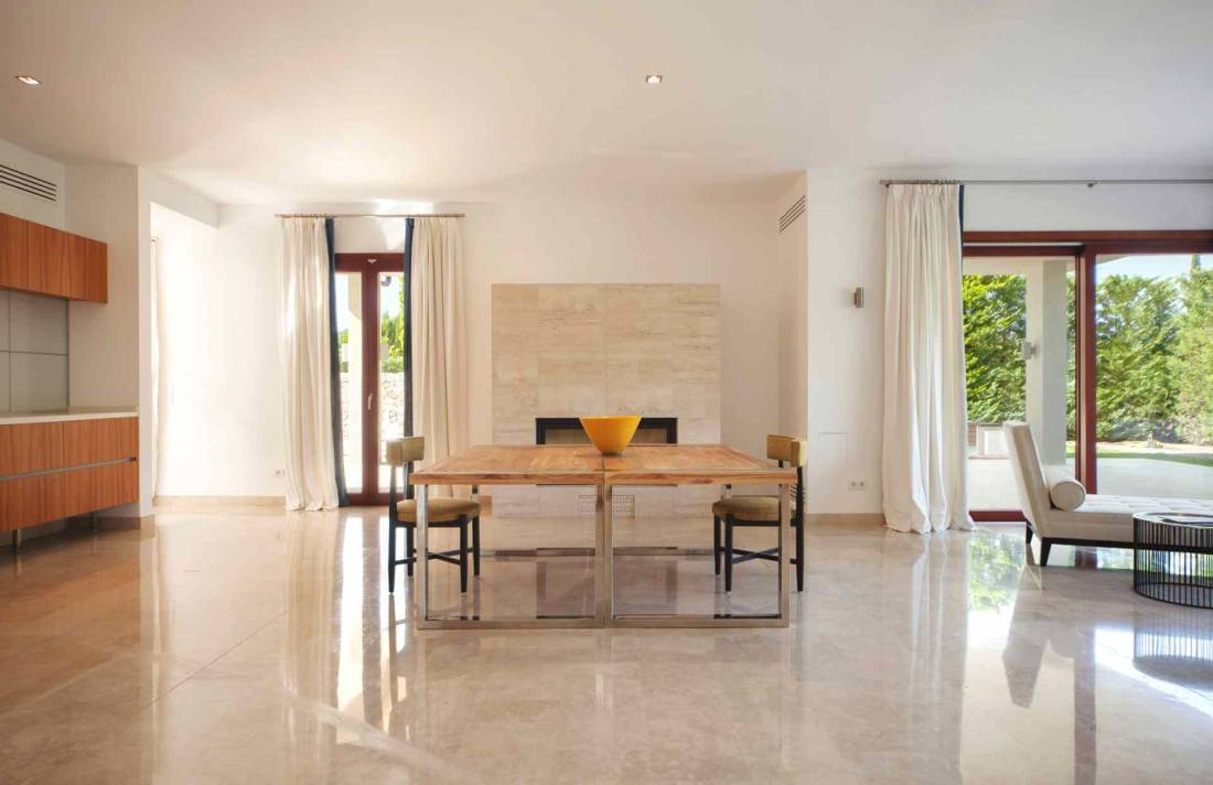 01-329 exklusive Villa Mallorca Nordosten Bild 9