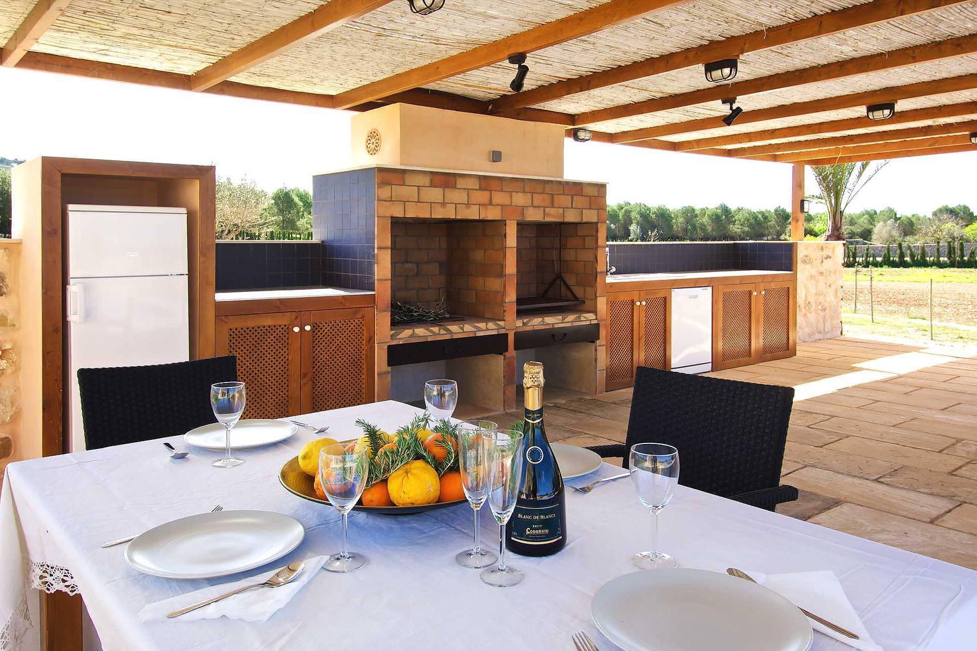 01-90 Neu gebaute Finca Mallorca Osten Bild 9