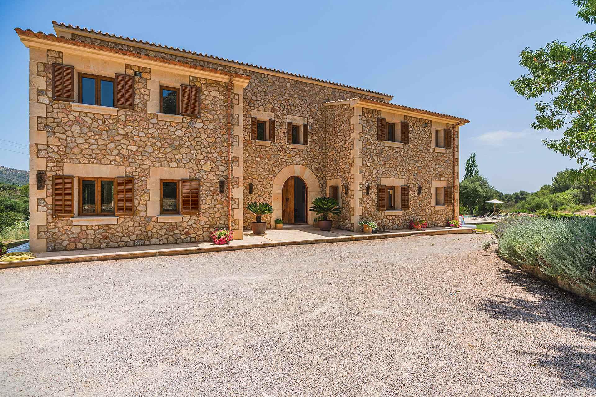 01-348 Luxury Family Finca Mallorca North Bild 10