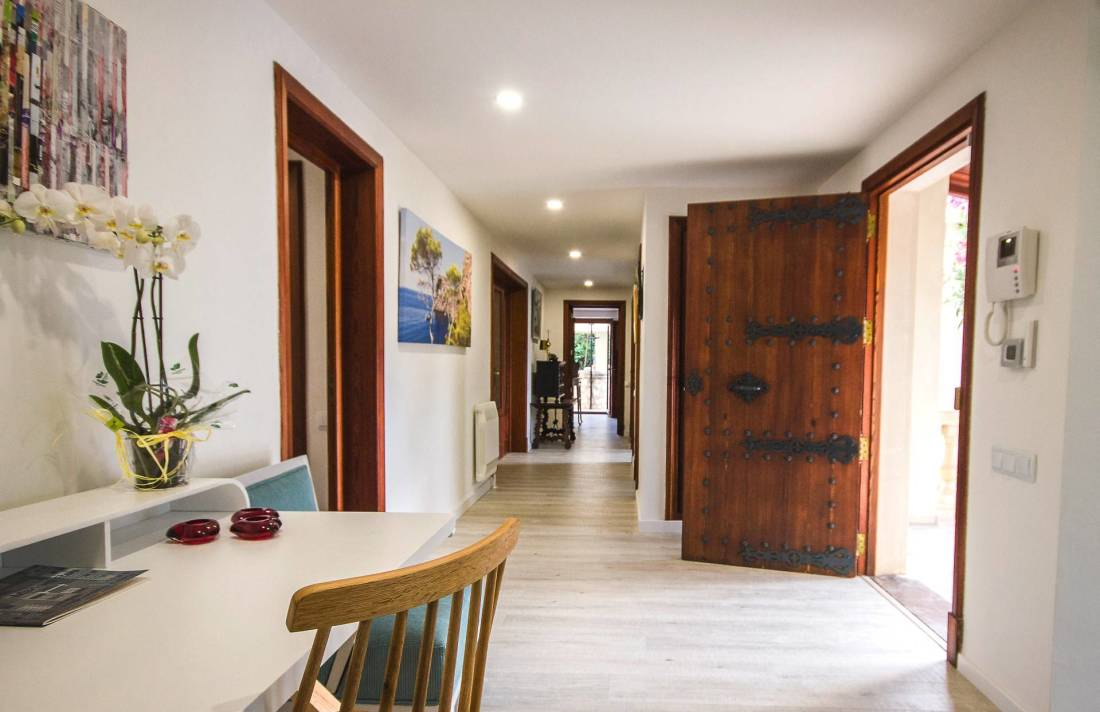 01-266 moderne Villa Mallorca Südwesten Bild 10
