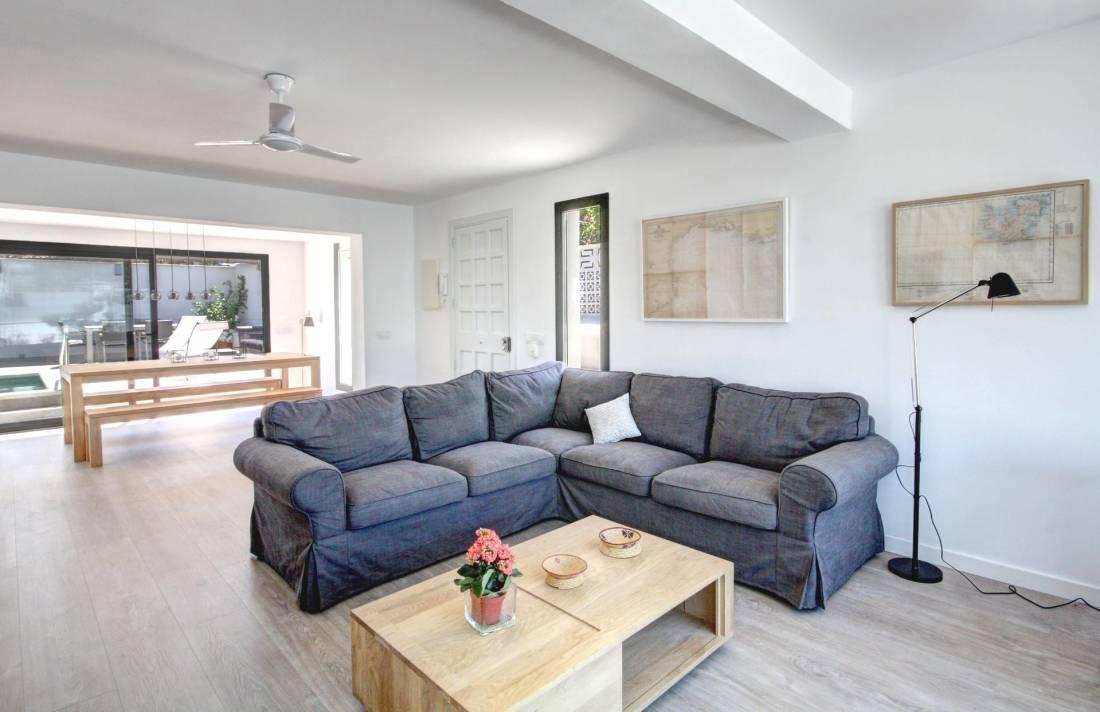 01-264 Modernes Ferienhaus Mallorca Südwesten Bild 9