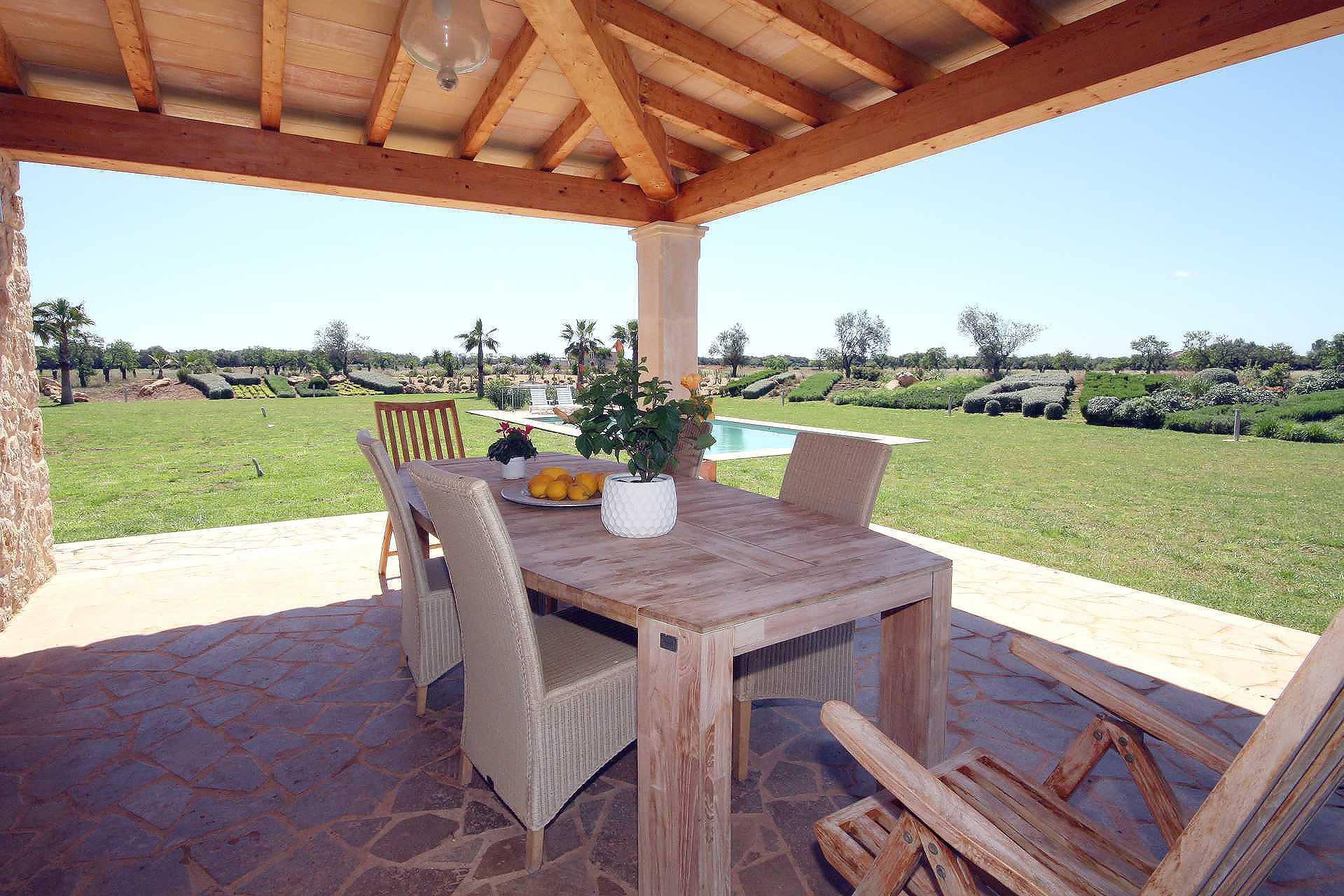 01-96 großzügige Finca Mallorca Süden Bild 10