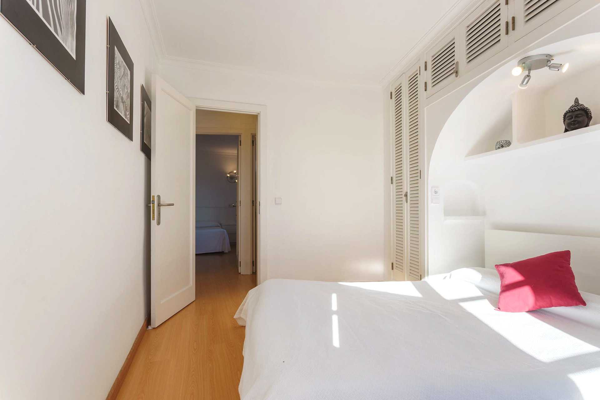 01-292 beachfront apartment Alcudia north Bild 11