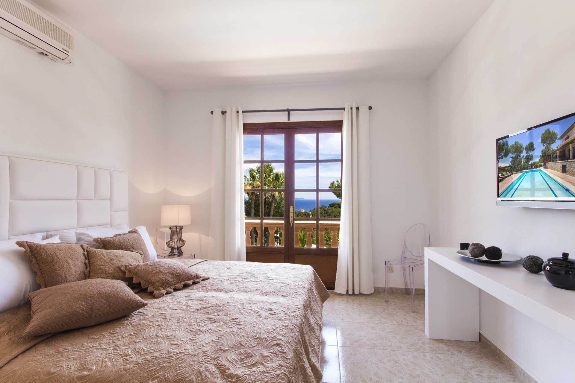 01-305 romantische Villa Südwesten Mallorca Bild 11