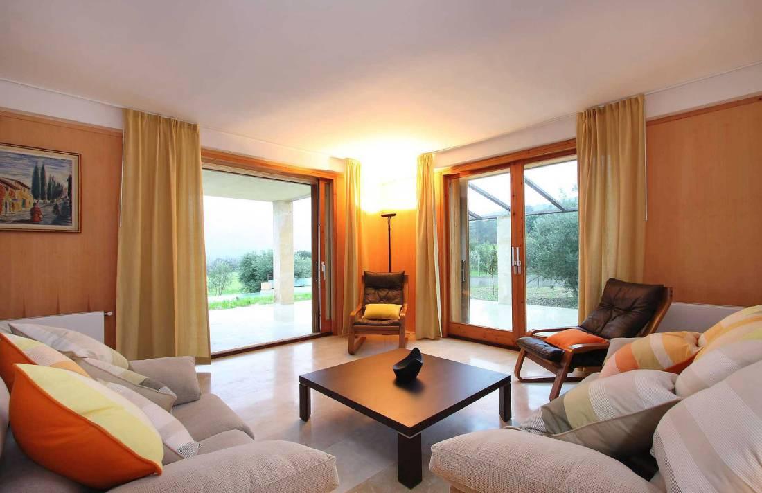 01-36 klassische Villa Mallorca Norden Bild 11